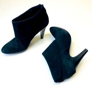 Banana Republic Black Suede Heeled Ankle Bootie 6